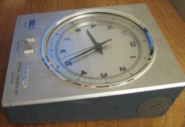 quartz CHRONOMETER